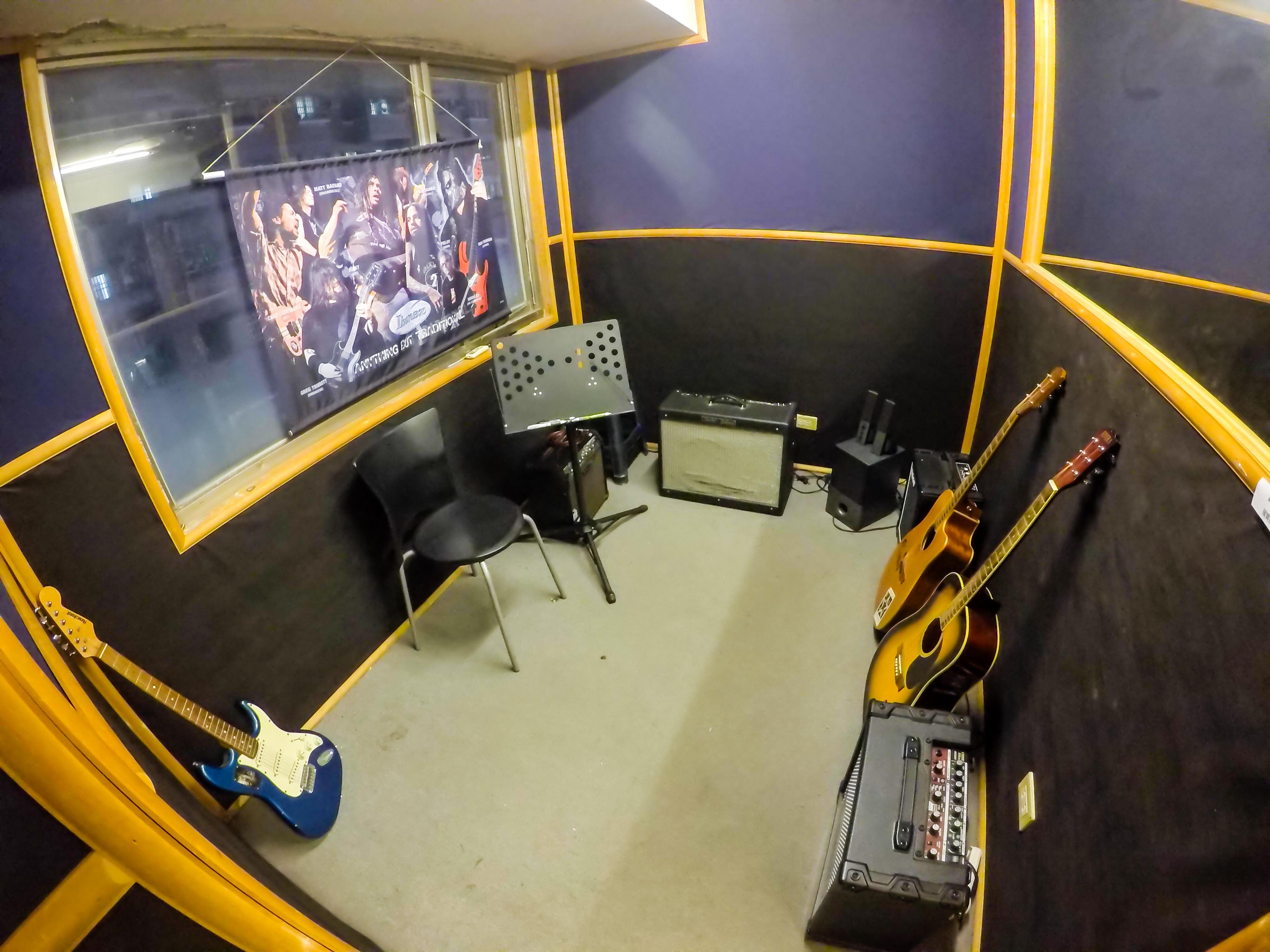 吉他/貝斯教室